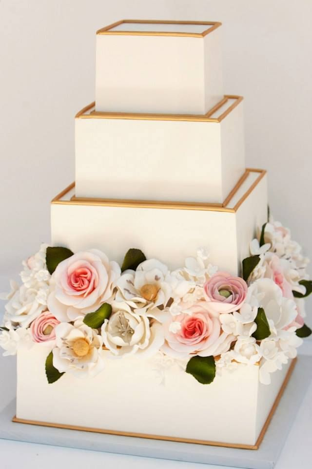To see more: http://www.modwedding.com/2014/10/26/44-spectacular-wedding-cake-ideas-sweet-cake/ #wedding #weddings #wedding_cake