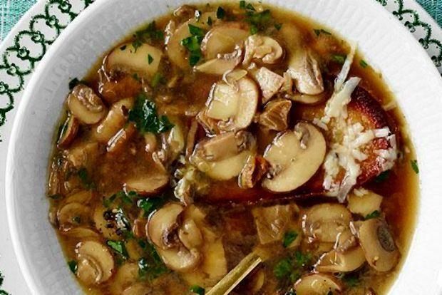 Αληθινή μανιταρόσουπα χωρίς κρέμα! | Κουζίνα | Bostanistas.gr : Ιστορίες για να τρεφόμαστε διαφορετικά