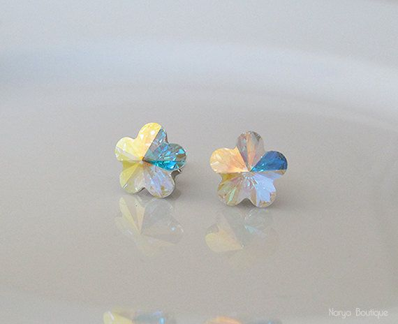 Swarovski Crystal Daisy Stone Earrings  Sterling Silver