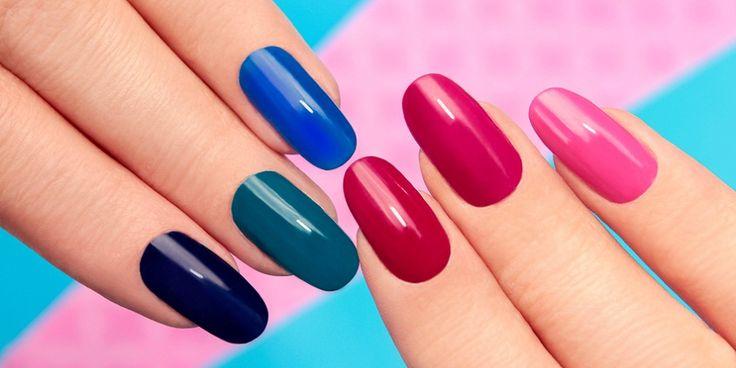 Prachtige gekleurde en glanzende nagels die een paar weken mooi blijven: het kan…