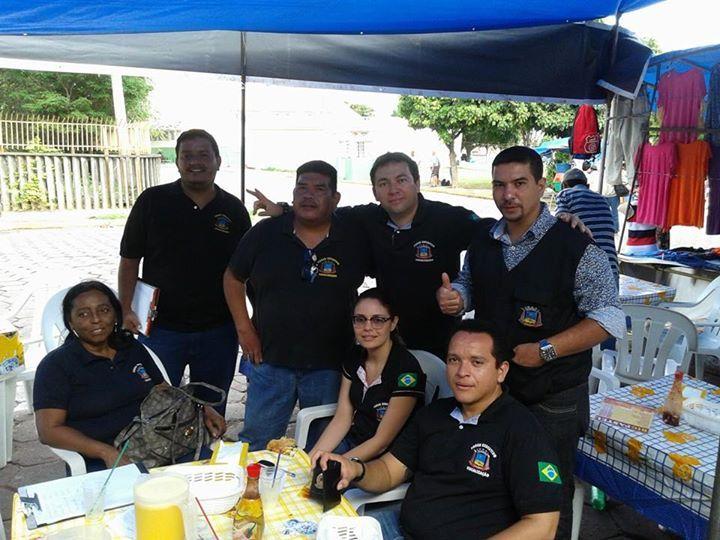 21/04/2015 - Dino Rodrigues e equipe de Fiscais em dia de Fiscalização de Feira Livre
