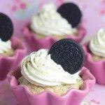 Cupcakes de oreo con chocolate blanco