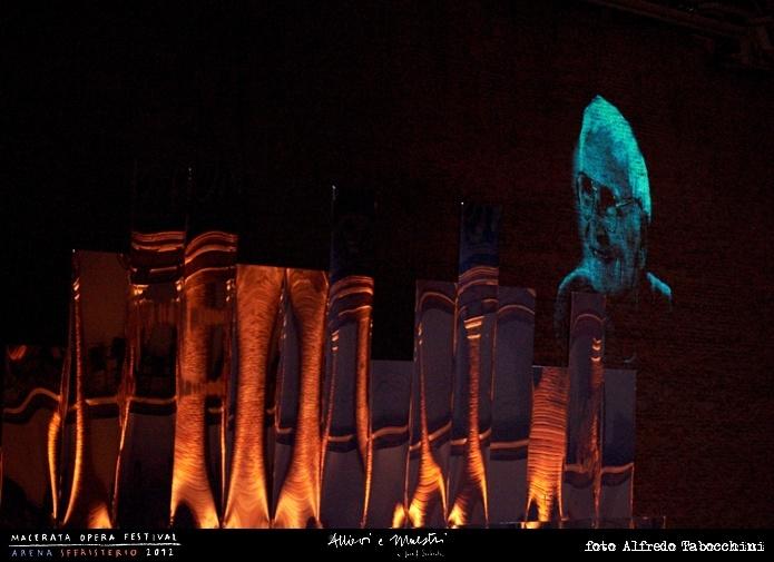 PRIMA // LA TRAVIATA // 2012 // Foto Alfredo Tabocchini. L'omaggio dello Sferisterio al Maestro Joseph Svoboda. #allieviemaestri #traviata #altrochelopera www.sferisterio.it