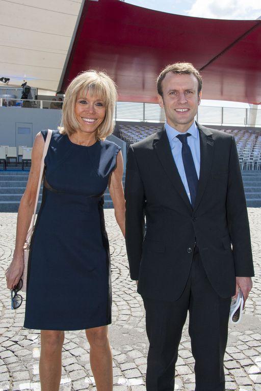 Emmanuel Macron et sa femme Brigitte Trogneux lors du défilé du 14 juillet (fête nationale), place d