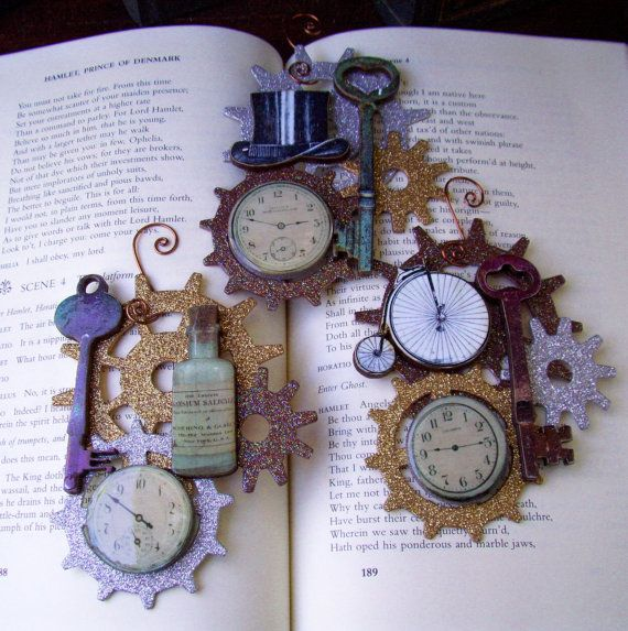Steampunk Christmas Ornaments (X3) - Glittered Gears with Steampunk Images…