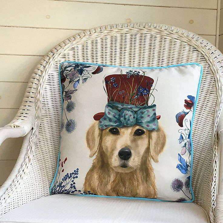 "FabFunky Milliner Golden Retriever Pillow ~ 18"" x 18"" ~"