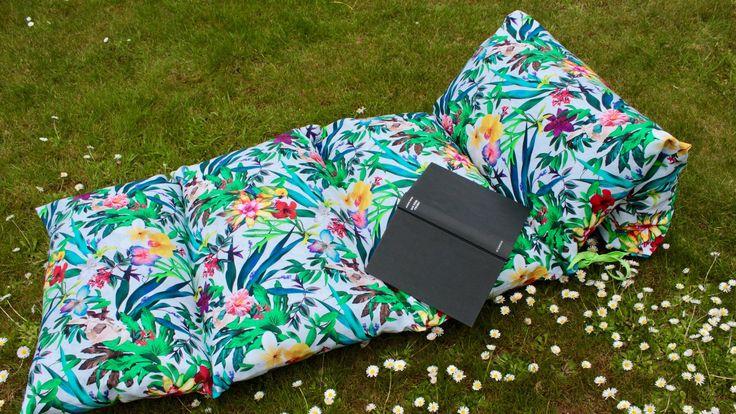 die 25 besten liegenauflage ideen auf pinterest gartenliege auflage relaxliege garten und. Black Bedroom Furniture Sets. Home Design Ideas