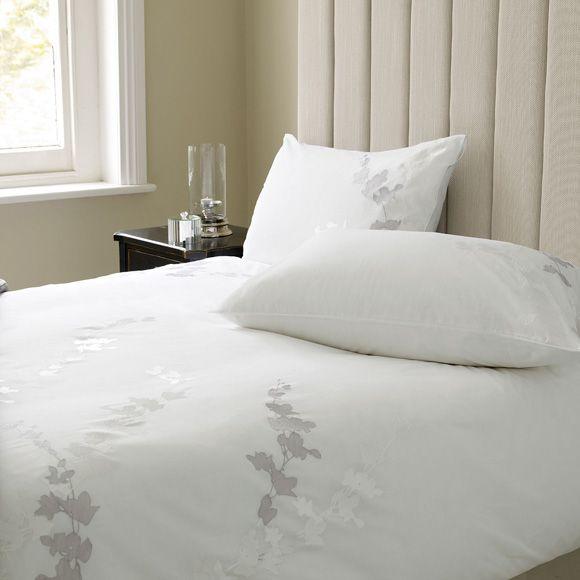 Ropa de cama de tonos suaves