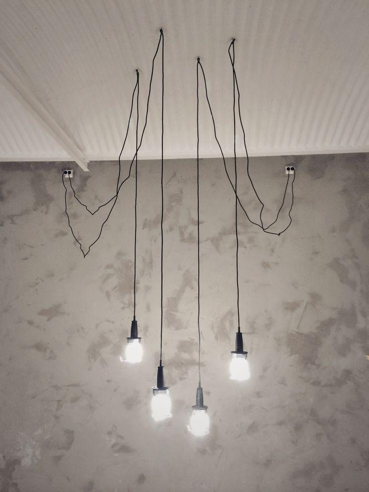 muotopuoli: valmis seinä ja halpa valaistus