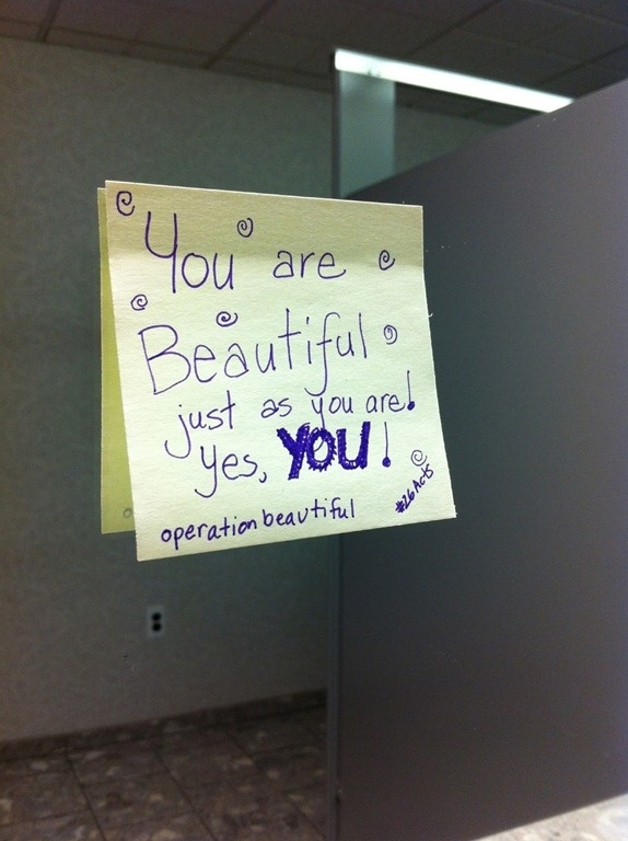 Body positive sticky note from Operation Beautiful