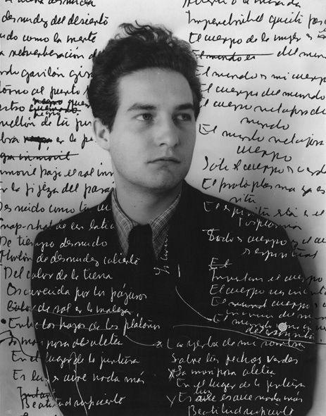 Octavio Paz poeta n.en 1914 durante la Revolución Mexicana + 1998 en México