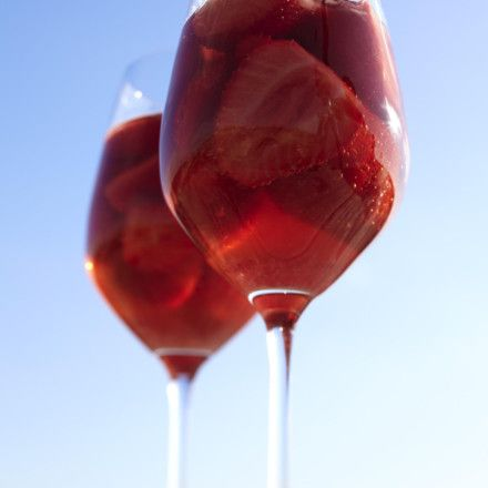Sansibars Erdbeerbowle Rezept | LECKER