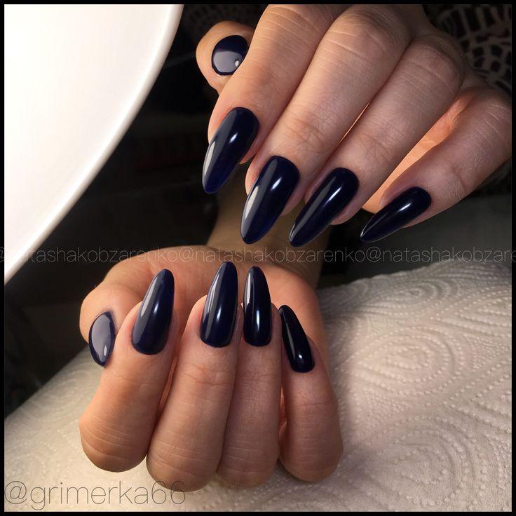 """🌑""""Space""""🌑 Очень крепкое Гелевое покрытие на свои ноготки, которое делаю только для длинных ногтей, дабы прочность их была, как у наращенных. Выравнивание ногтевой пластины, покрытие #luxiogel #luxio_spectra."""