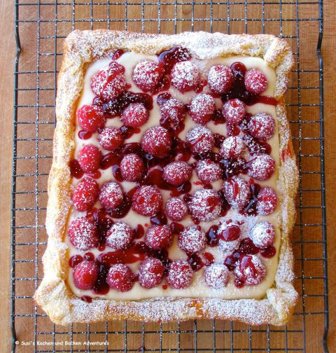 Combine flaky crust with creamy filling and fresh fruit for a sweet and fruity dessert  Get the recipe at Susi  39 s Kochen Und Backen Adventures