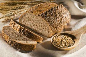 pão integral sacia e deixa o estômago cheio por muito mais tempo