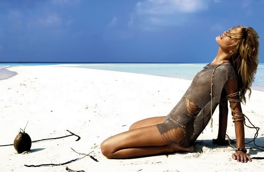 Here's some glamtastic beachwear