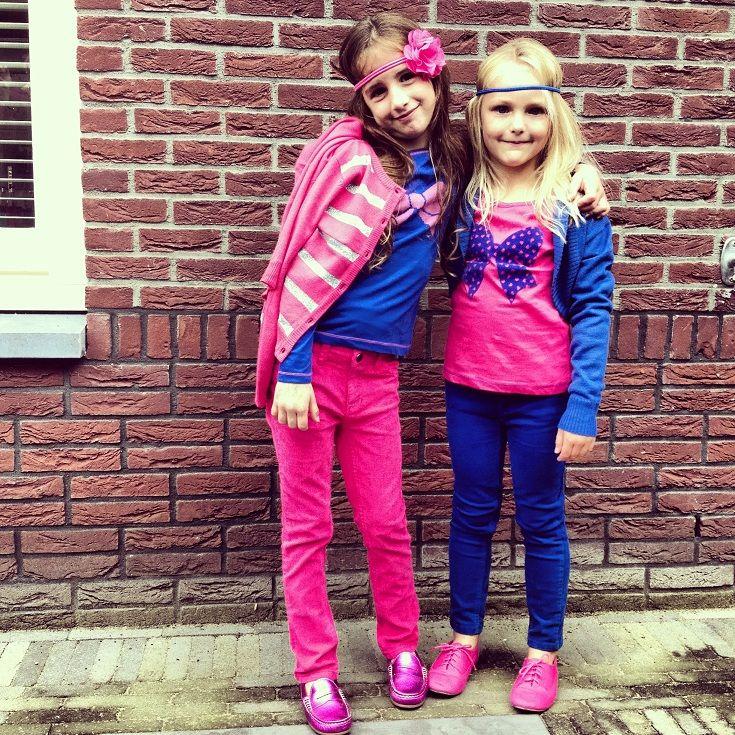 2 Prachtige meiden (portomonee vriendelijk) in shocking pink en electric blue van Zeeman.. Ze spatten van het plaatje in deze frisse hippe looks v...