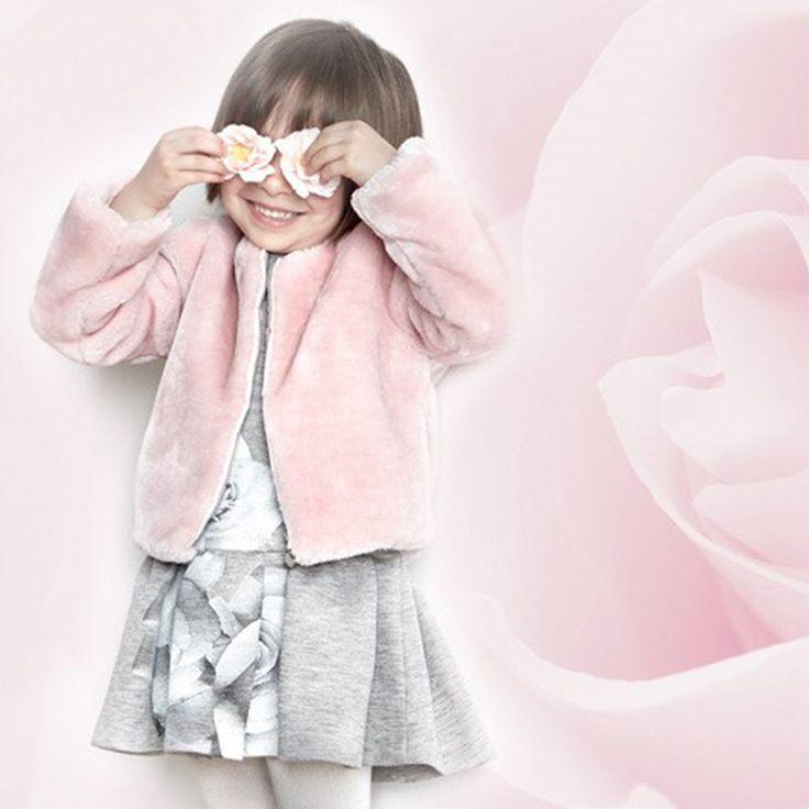 Maxi fantasie floreali.... #Abbigliamentobambina, vestiti bambina, vestiti #cerimonia, abiti cerimonia bambini, #vestitino bambina #cerimonia #cerimoniabimbi#abbigliamentowww.elsyspa.com/...