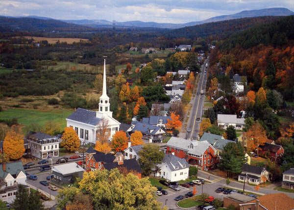 Downtown Stowe, VermontSmall Town, Buckets Lists, Favorite Places, New England, Places I D, Quiet Places, Travel, Stowe Vermont, Honeymoons Destinations