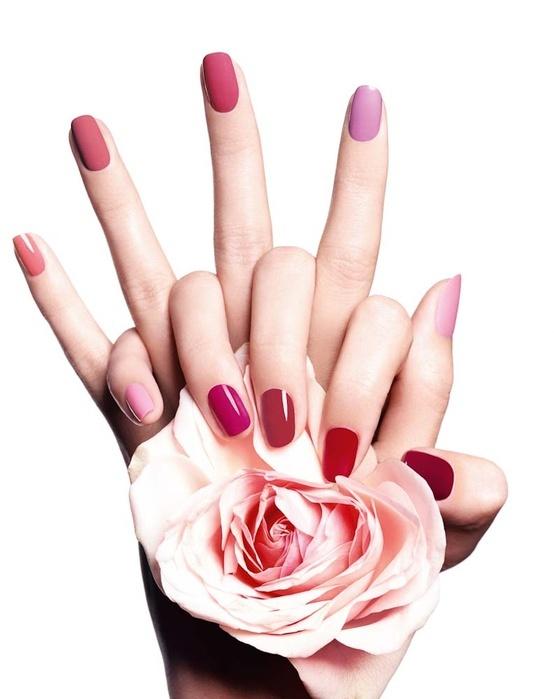 La #naturaleza nos da una enorme variedad de colores de #rosas... los esmaltes de uñas también nos dan mucha gama de colores entre los rosas.#manicura
