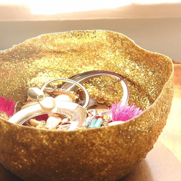 DIY Glitter Bowl - Might be cool if hung from a macrame holder in threes