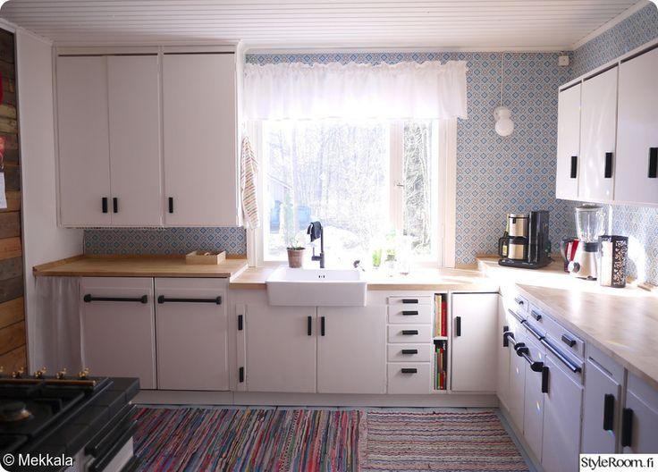kierrätys,keittiö,valkoinen,värikäs,50-luku
