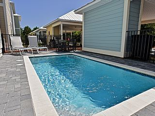 Blue Pearl of 30A - Private Pool - Street Legal Golf Cart - Sleeps 10