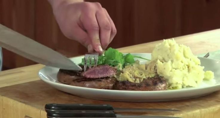"How to Cook Venison Steaks- Learn how to cook venison steaks in this episode of ""Carnivore.""http://www.wideopenspaces.com/cook-venison-steaks-video/"
