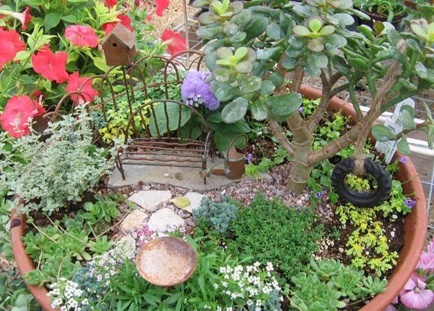 33 Miniature Garden Designs, Fairy Gardens Defining New Trends in Container Gardening-lovely