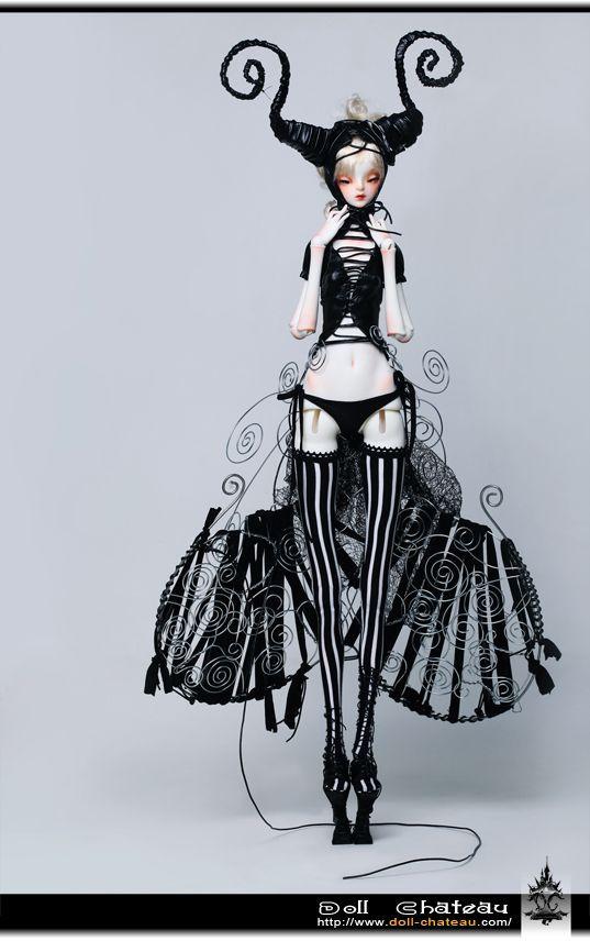 """""""Doll Chateau"""""""