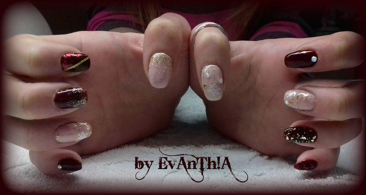 #nails #gelnails #christmas_nails #winter_nails #snow #beige #gold #burgundy #glitter #strass #nailart #cmarso #by_Evanthia