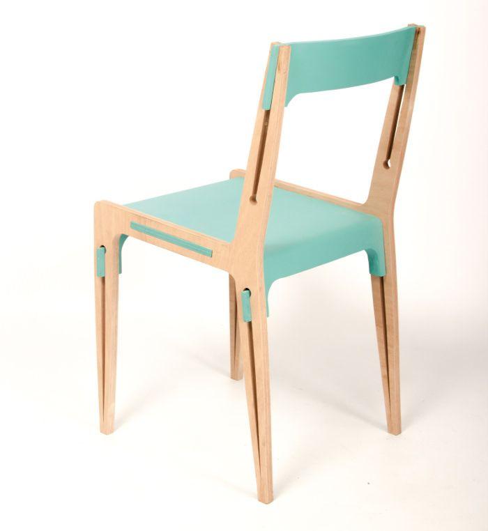 Projet étudiant : PEG la chaise pincée par Hugo le Bozec LISAA Rennes