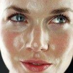 Las 6 Mejores Mascarillas Caseras para Deshacerse de las Espinillas y Poros Abiertos