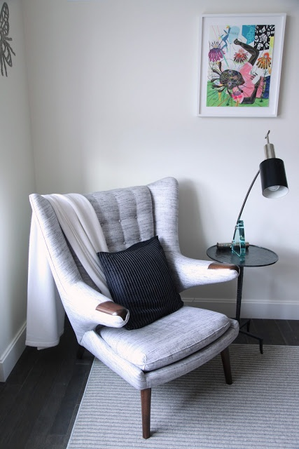 Papa Bear chair designed by Hans Wegner reproduced by Manzanares.