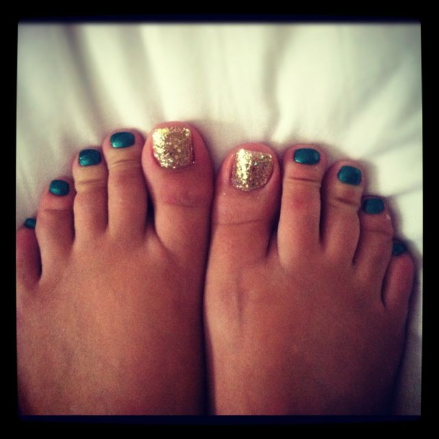 Awesome fall pedicure