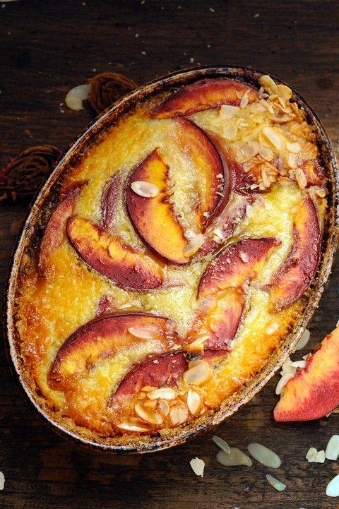 Dorian cuisine.com Mais pourquoi est-ce que je vous raconte ça... : Le vendredi c'est retour vers le futur… Flan aux nectarines de vigne et amandes parce que le temps s'y prête !