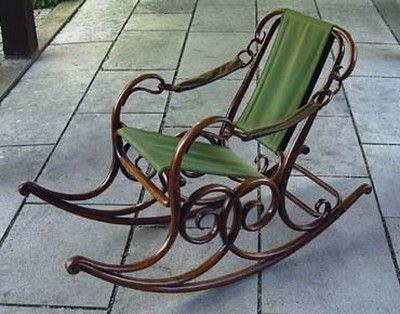 cadeira-baloiço-madeira-tecido