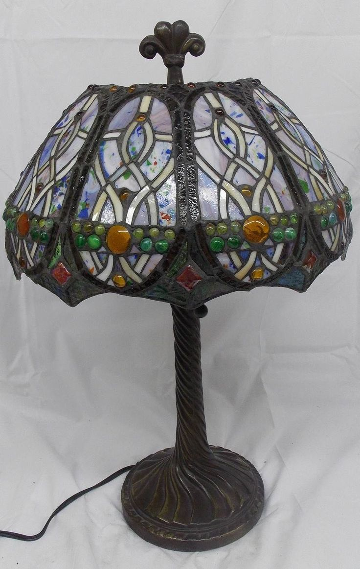 Stained Glass Wall Lamp Shades : 17 Best images about TIFFANY on Pinterest