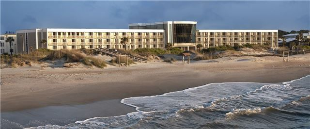 A seaside resort just 18 miles from Savannah, GA, our historic Tybee Island hotel sits steps away from the beach and the laid-back heart of Downtown.