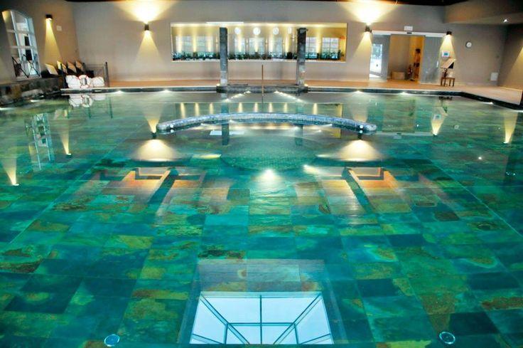 Weekend.Dopo una settimana rintanati in casa coi bambini (abbasso questo meteo autunnale),molti divoi potrebbero apprezzare di essere trastullatidalle acque calde di una bella piscina..Che ne d…