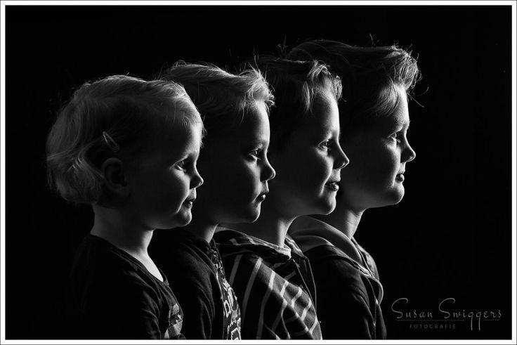 Bijzonder familieportret en profiel in zwart-wit - Susan Swiggers Fotografie - Susan Swiggers Fotografie