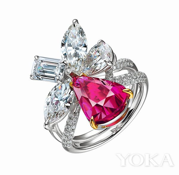 Asta Ra romantic and feminine ring with sparkling ruby and diamonds