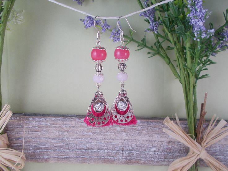 Boucles d'oreilles en argent, pompon rose, perles roses, bohème, hippie, gitane
