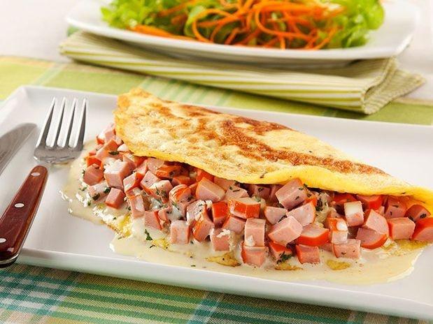 Omelete de salsicha