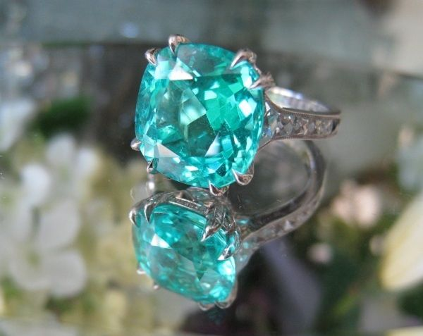 Art Nouveau's 5.52 paraiba set by Leon Mege.  Drooooool.  Can I have this for our 1 year anniversary?  Pretty please.