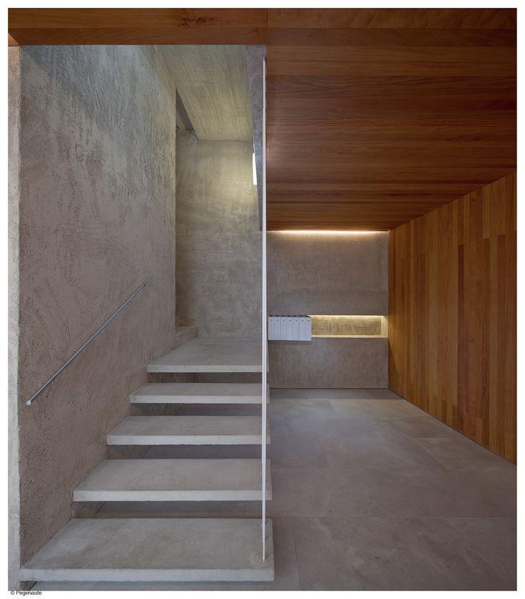 Pereda Pérez Arquitectos > Edificio de viviendas en la calle Descalzos, Pamplona. | HIC Arquitectura