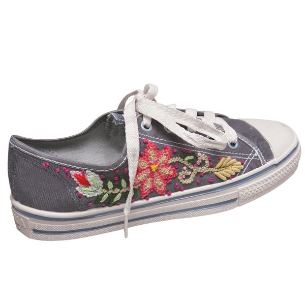 images about Embroidered Shoes on Pinterest | Embroidery, Embroidery ...