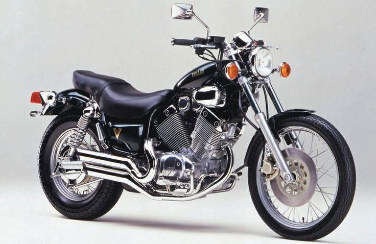 1991 Yamaha XV400 Virago Age26. I think I enjoy the long touring,I bought this machine,but disappinted in all aspects.