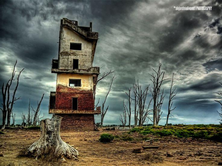 Abandono / por Alejandro  Olivares en 500px