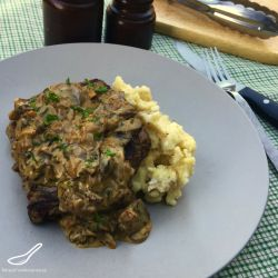 Steak Diane Sauce with Mushrooms